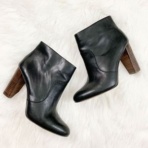 Ann Taylor Carly Ankle Bootie 8.5 Leather Black
